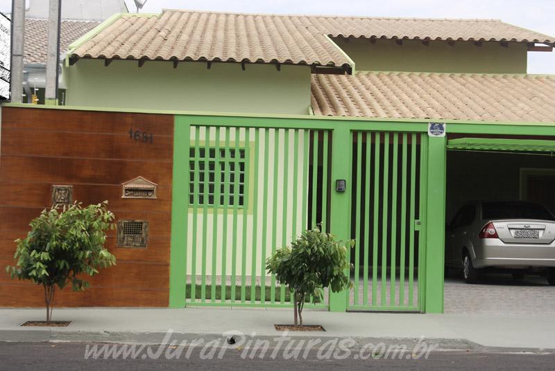 Novas fotos de imita o de madeira pintura de paredes for Pintura para frente de casas