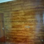 parede-pintura-imitacao-de-madeira
